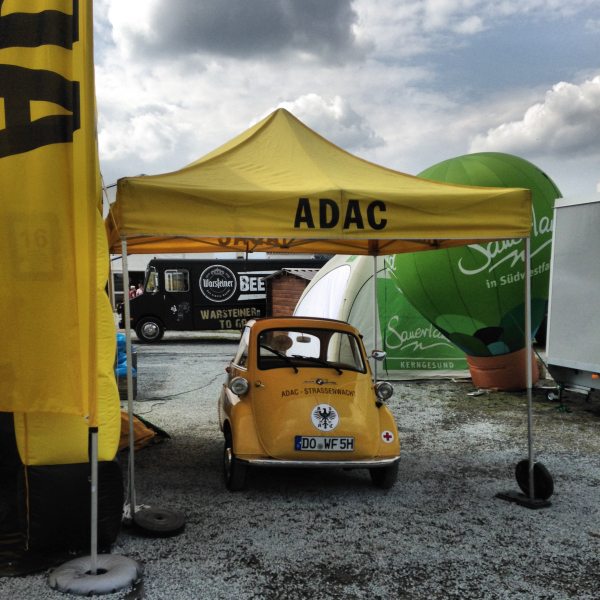 Oldtimer Straßenwacht von der ADAC Vertriebsagentur Bauer BVAG